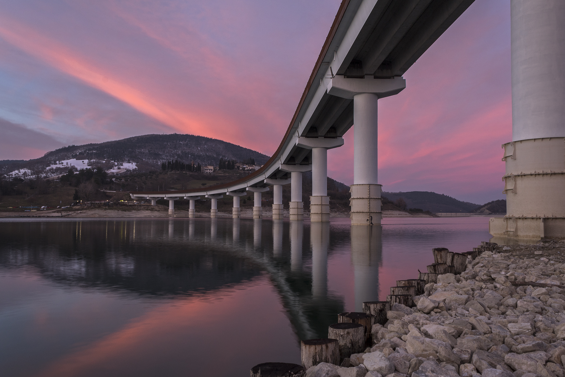 The Bridge over the lake of Castreccioni...