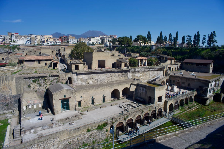 Herculaneum below and Herculaneum above...