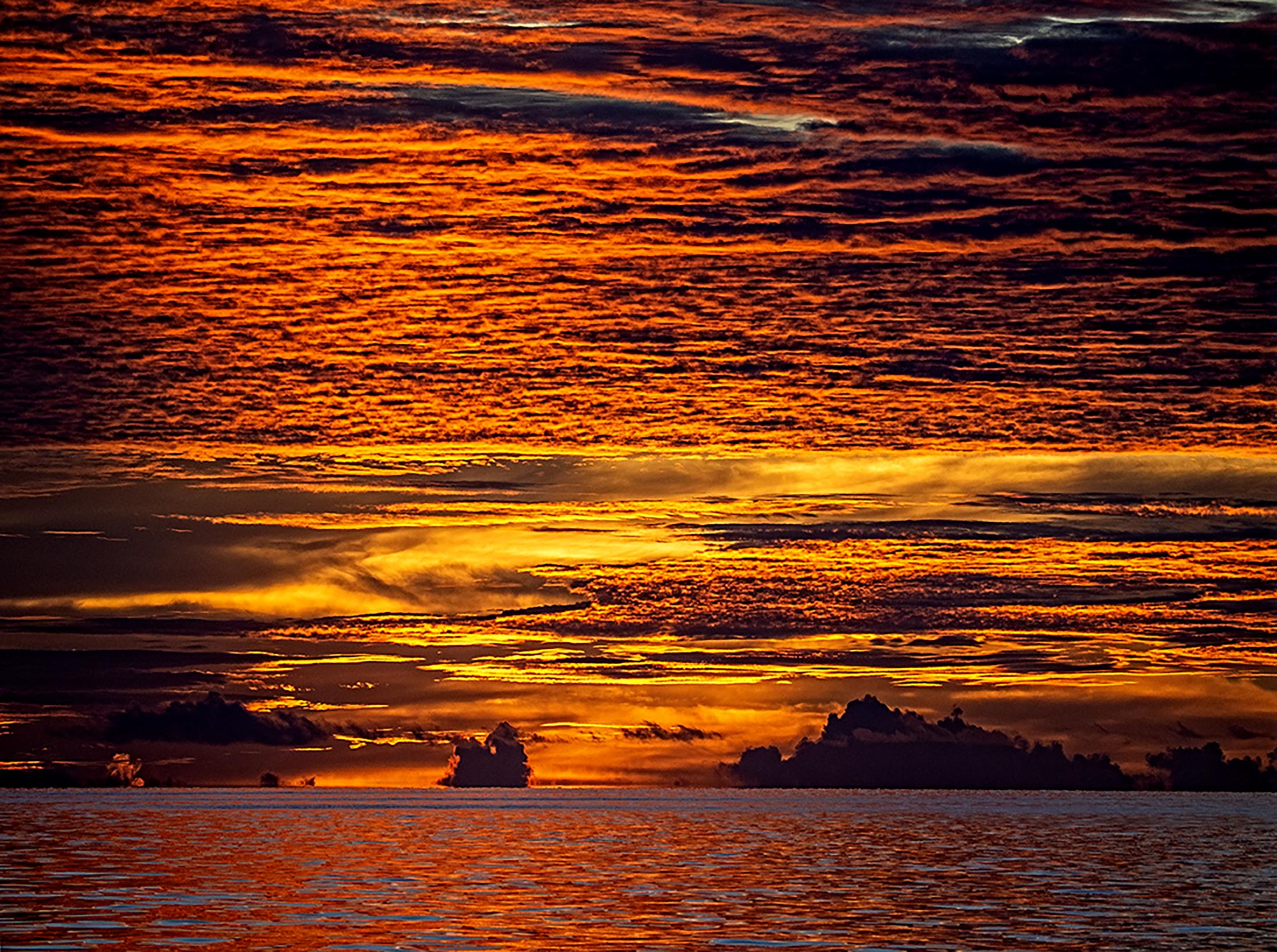 Sunset in Vilingili...