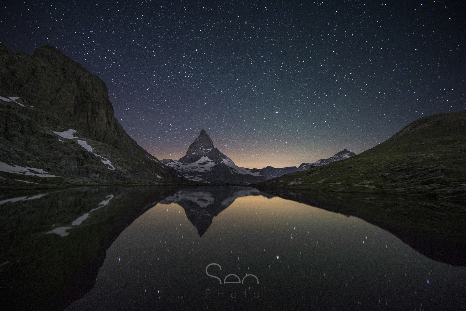 The starry sky above the Matterhorn...