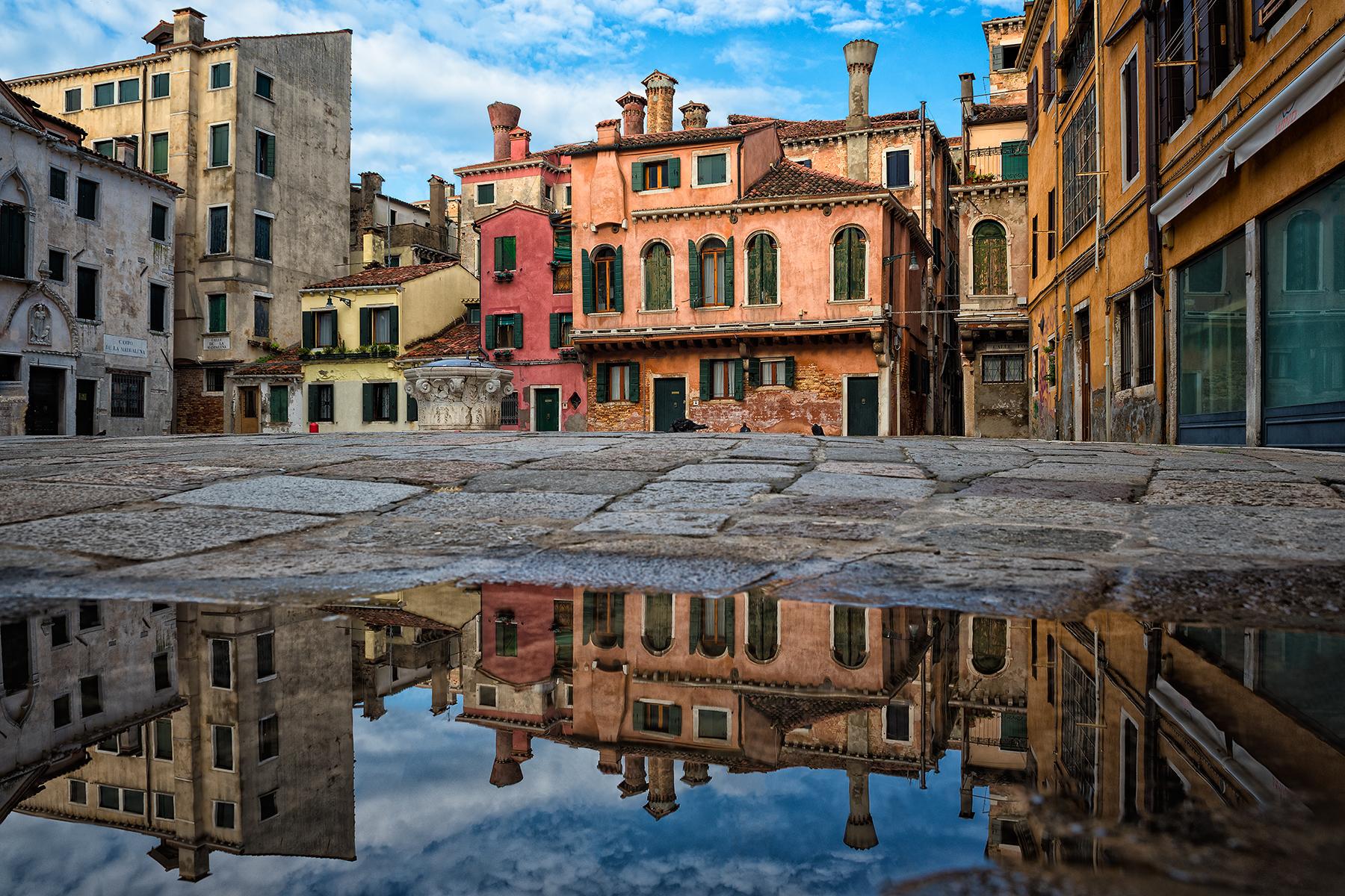 Venetian corners...