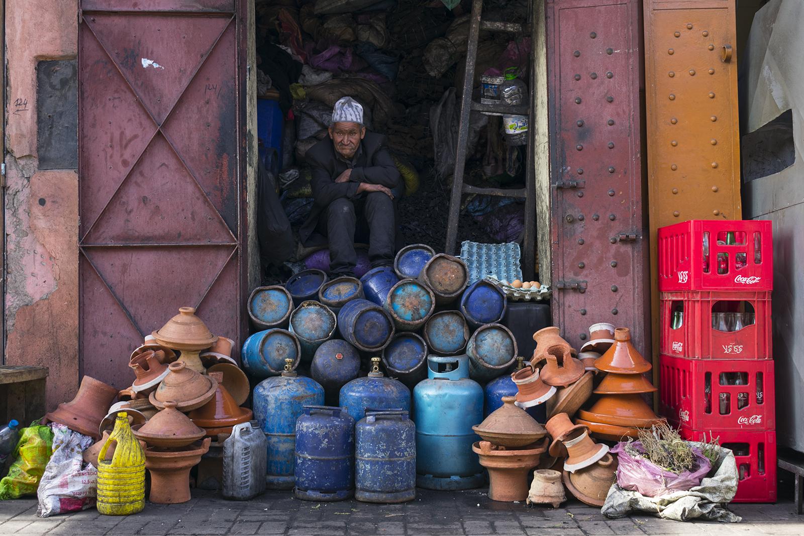 Le Vendeur de bouteilles - Marrakech...