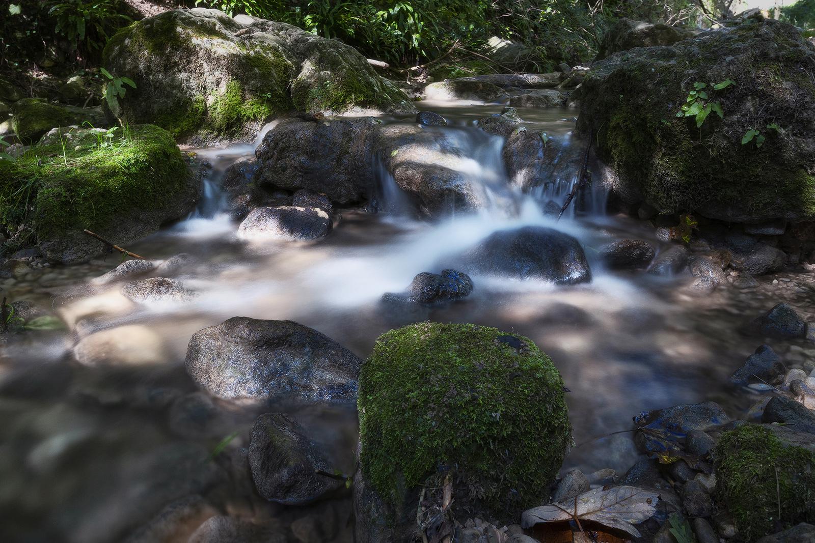 Miniature waterfalls...
