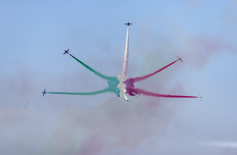 Air Show Otranto Skies - The Spark of the Arrows Tr...