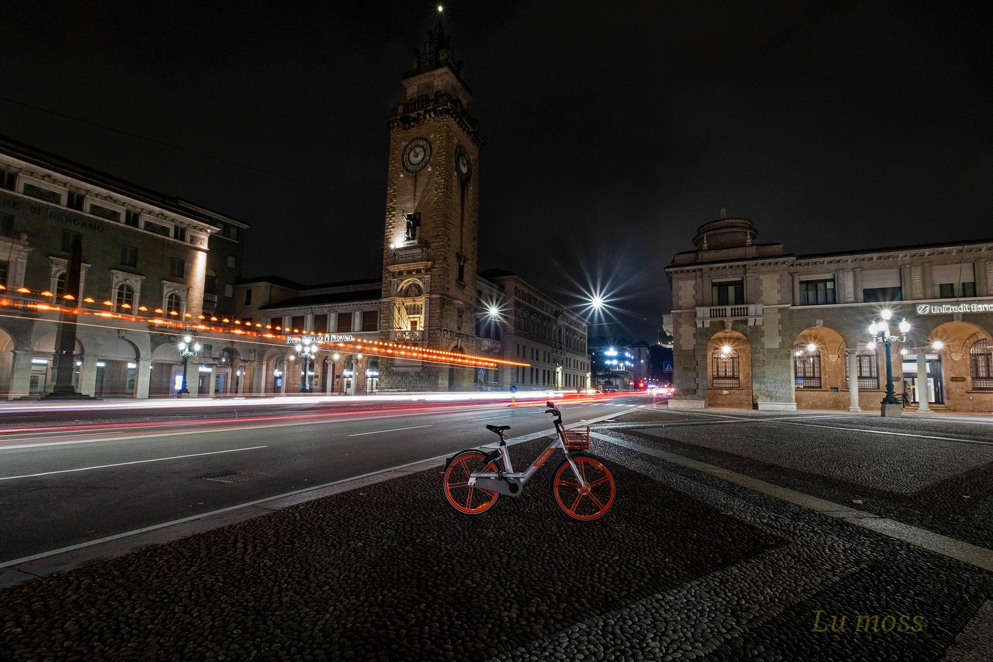 A bike in the night....
