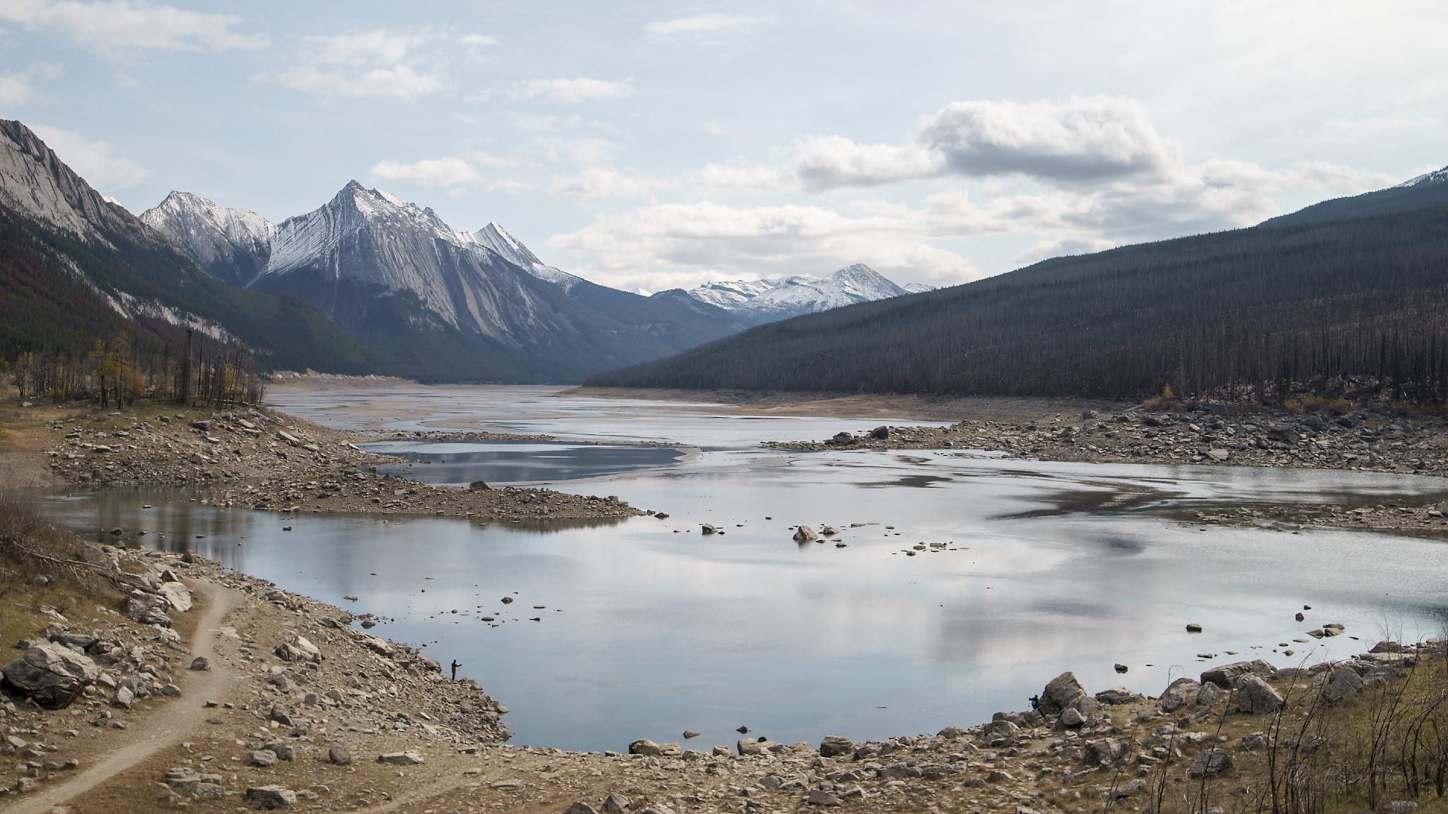 Medicine Lake Full View, Jasper Canada...