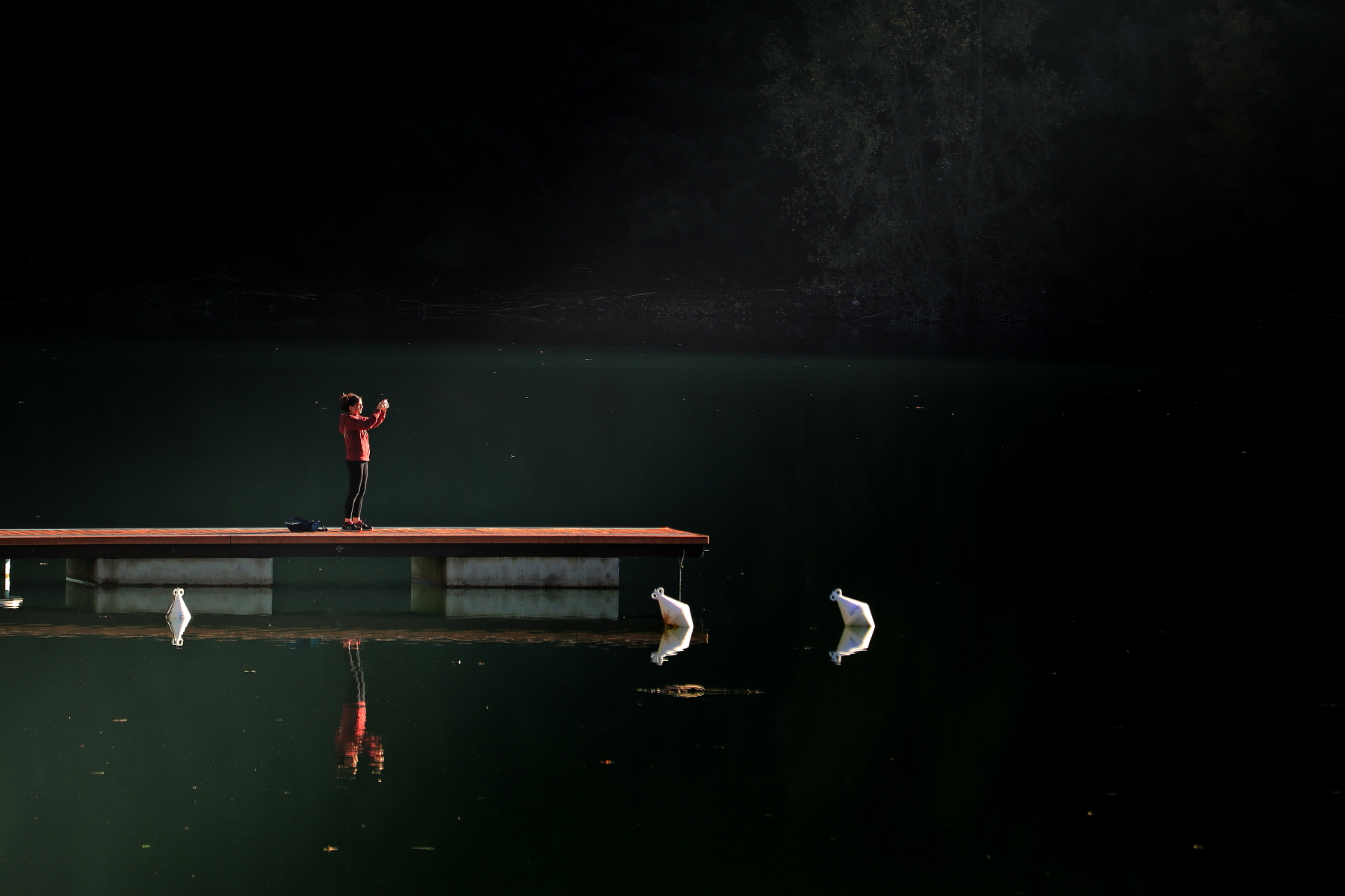 Clikkando at the lake...
