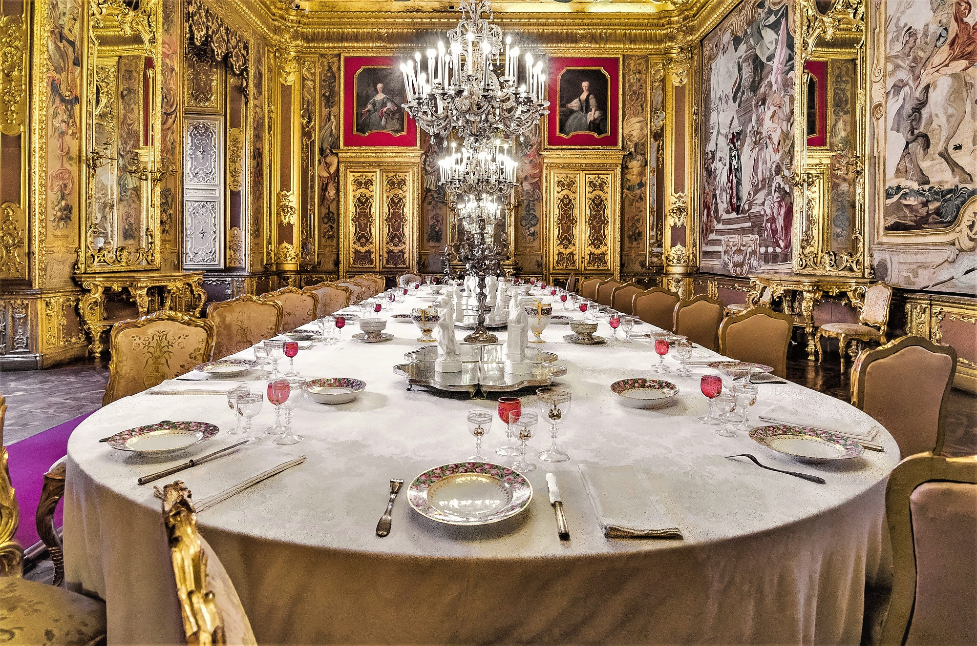 The dining room......