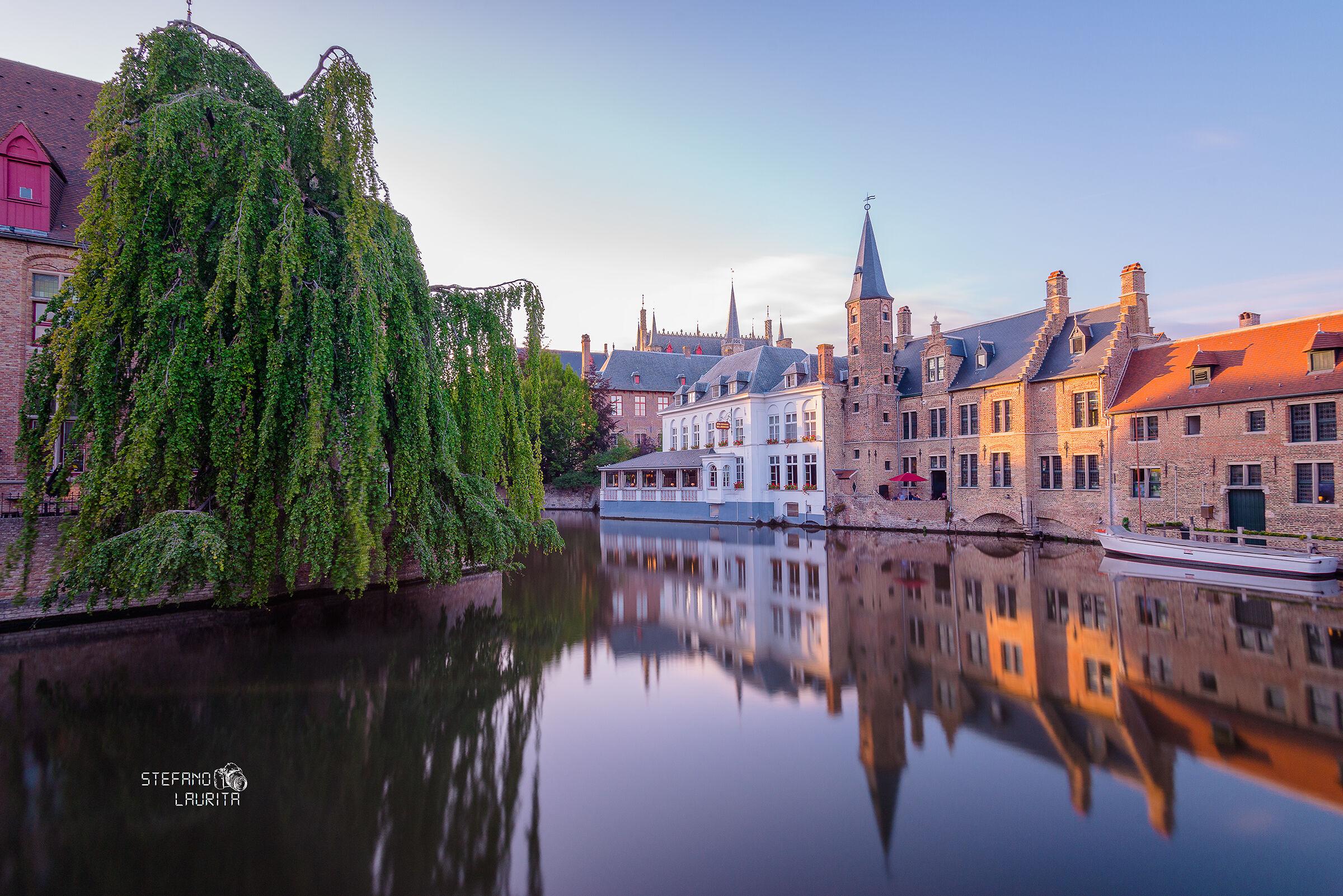 Rozenhoedkaai, Bruges...