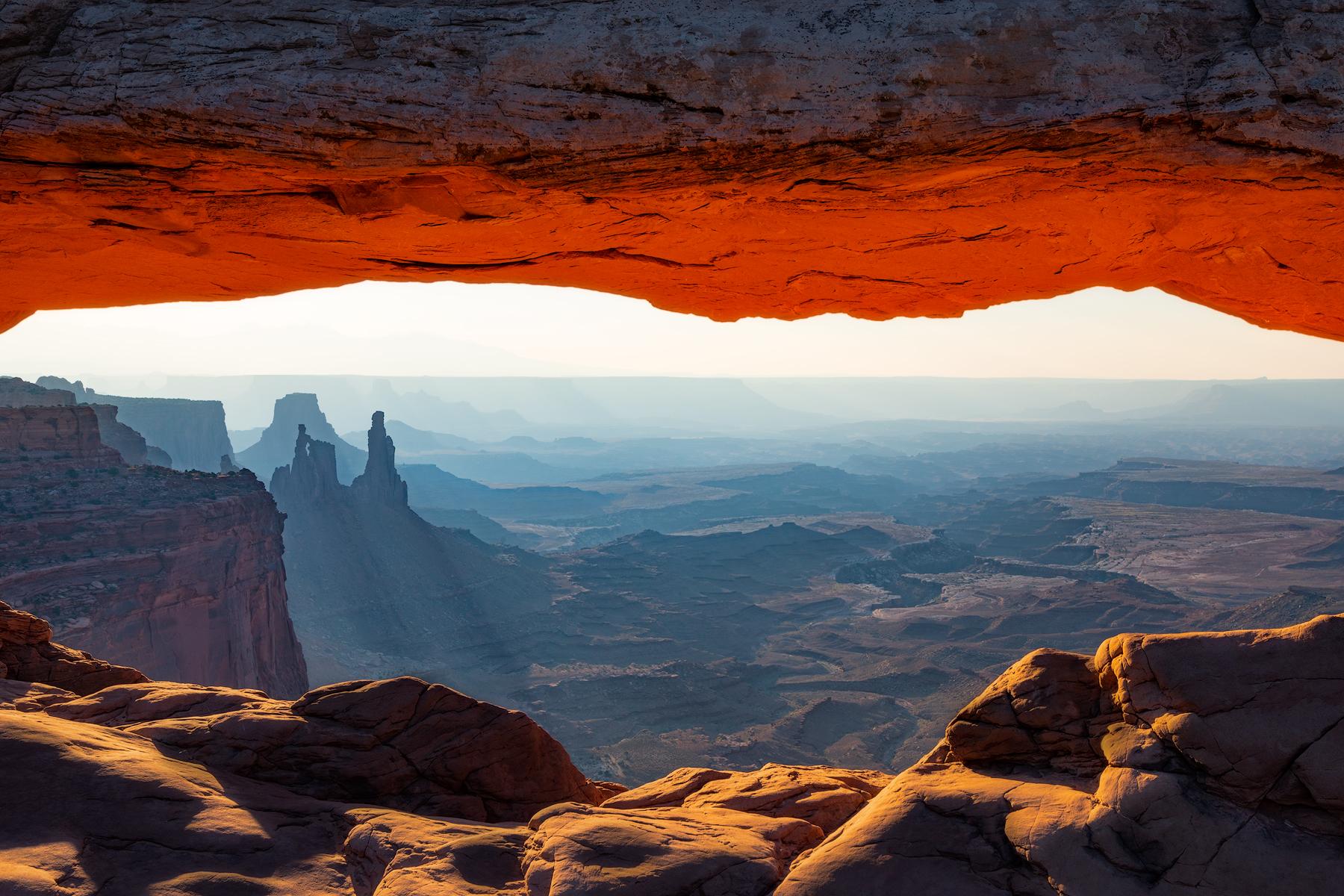 Mesa Arch viewpoint...