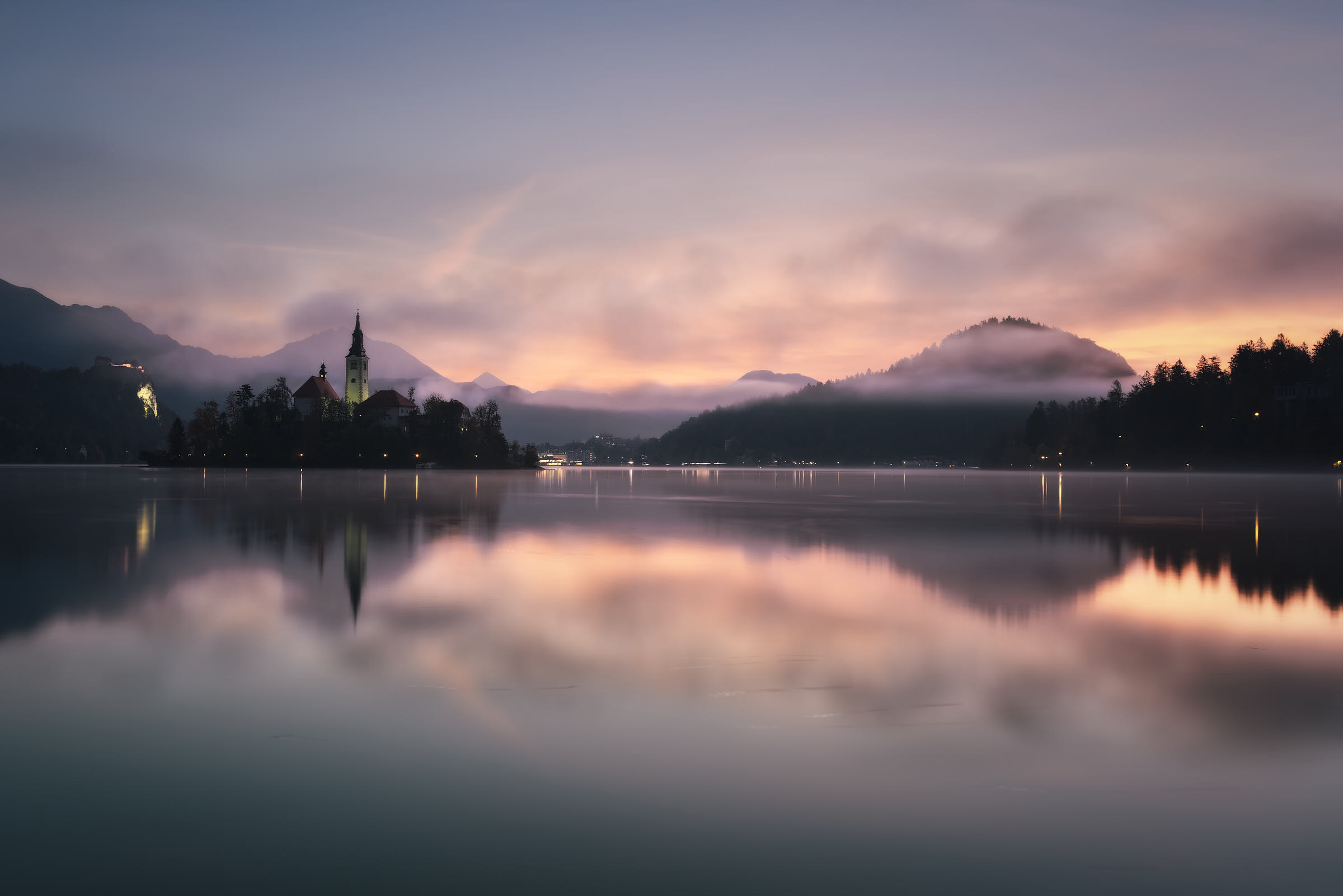 Bled at dawn - Overview...