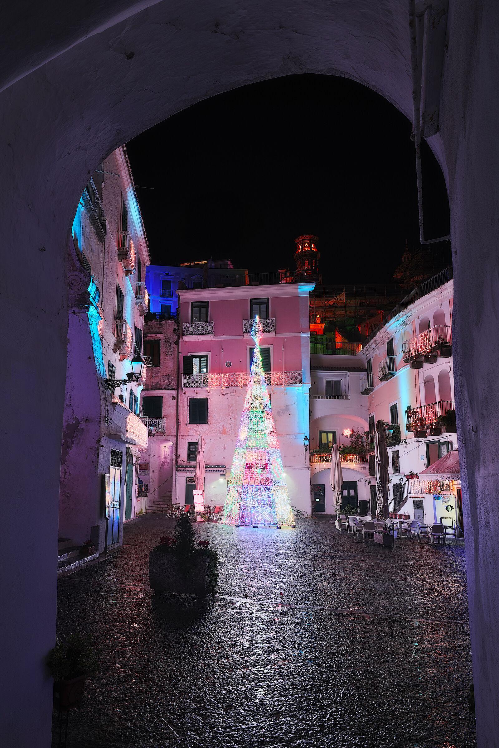 Atrani, Christmas tree in the square 2019...