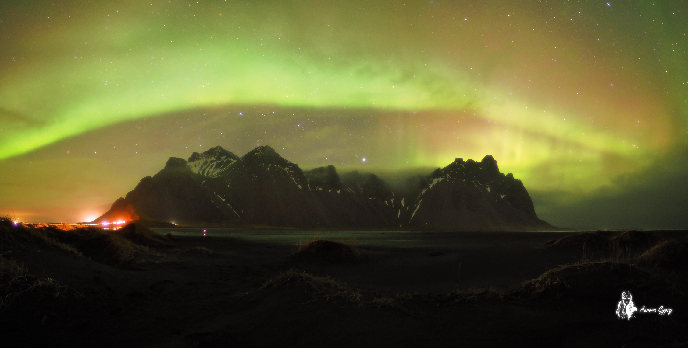 Mysterious night at Vestrahorn II...