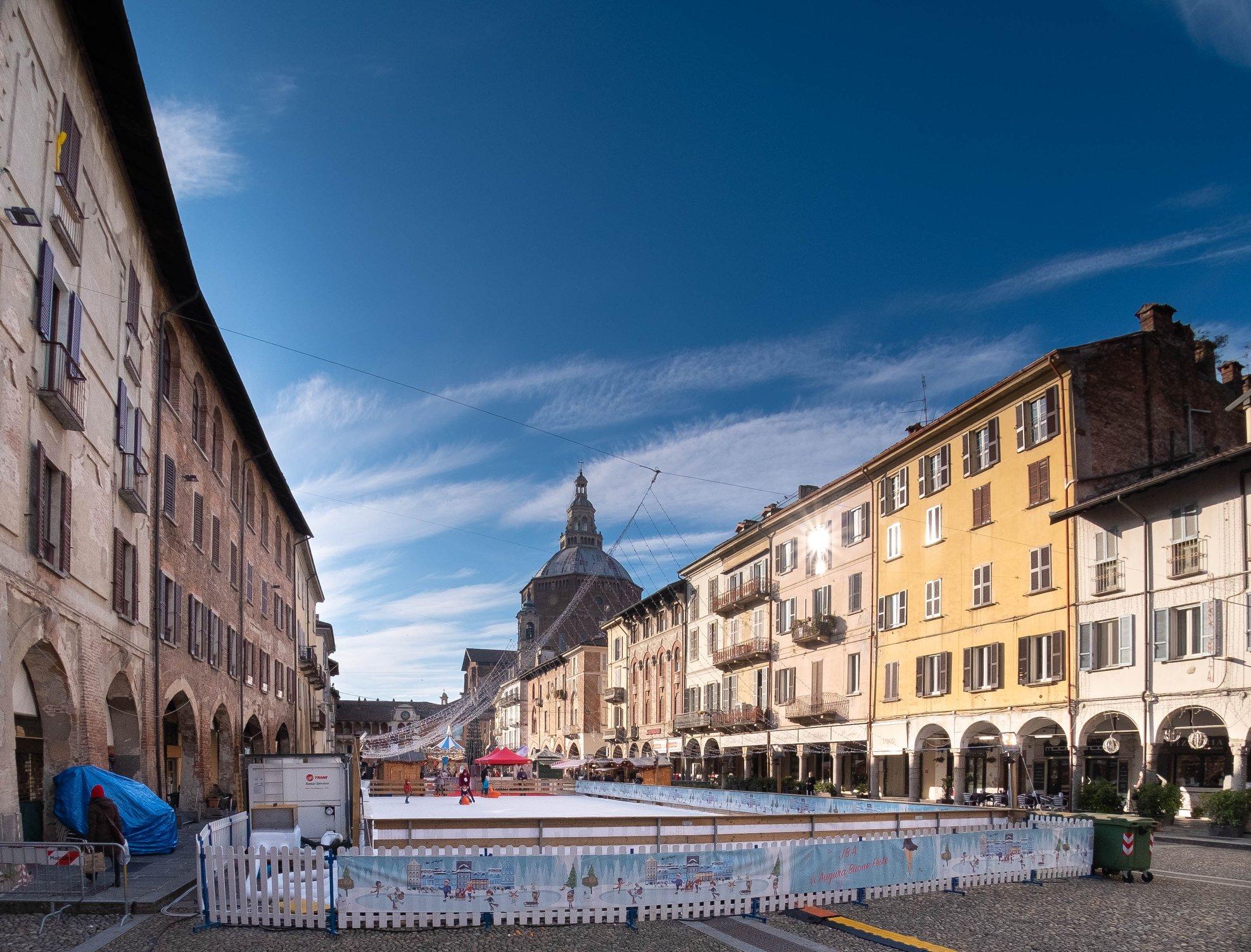 Victory Square Pavia...
