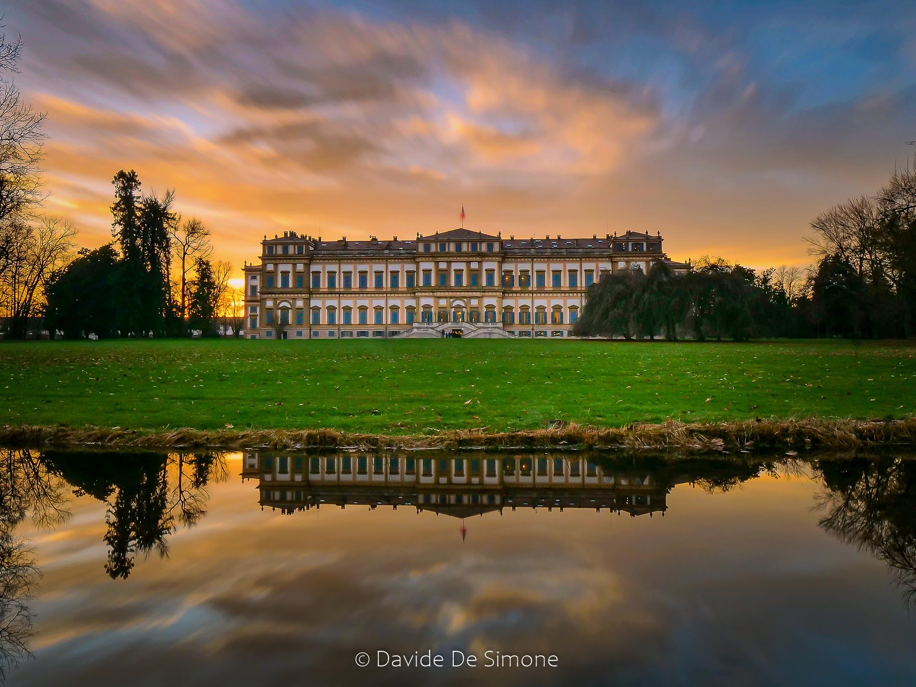 Colori e sfumature sulla Villa Reale...