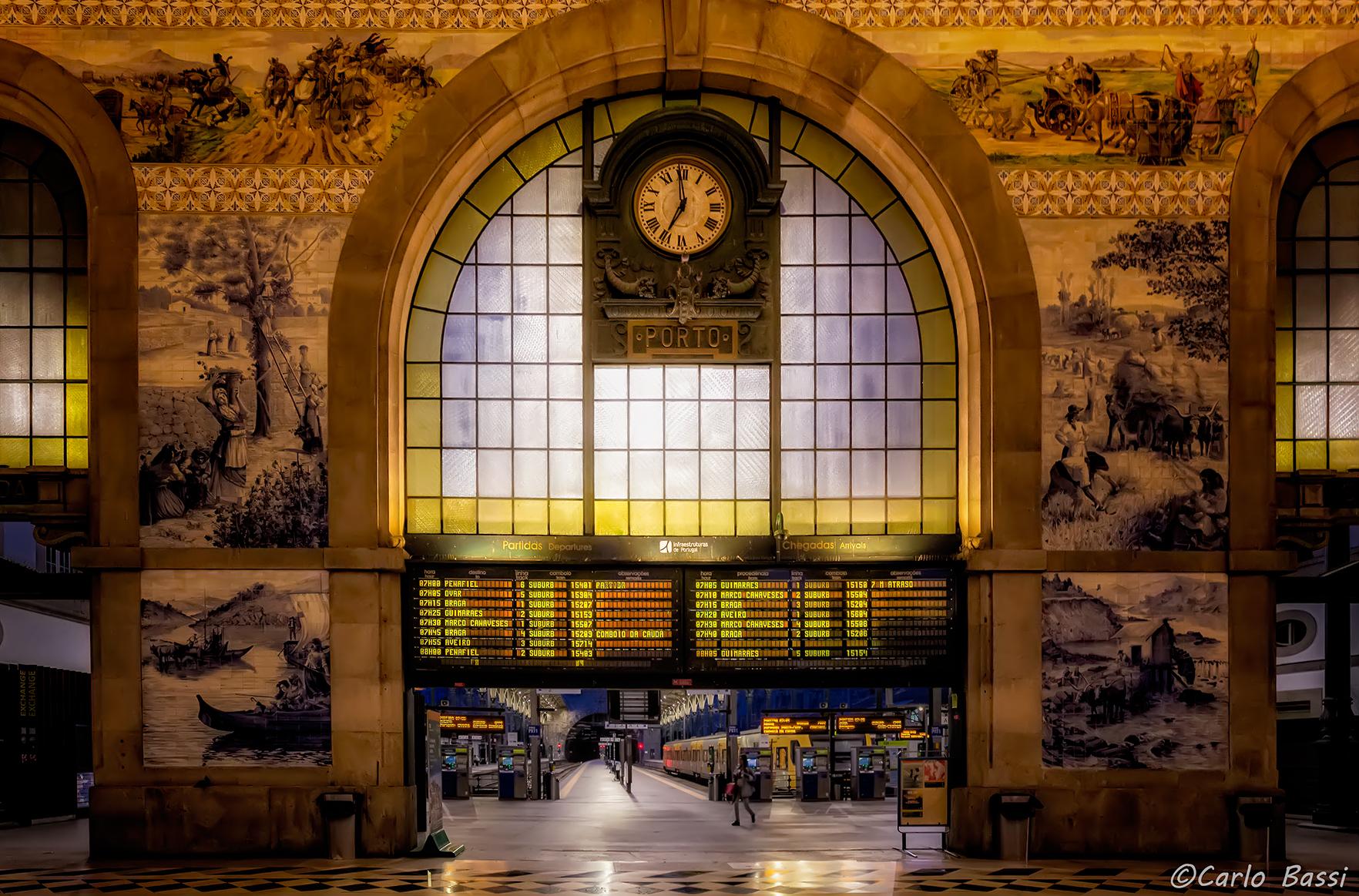 Sao Bento railway station, Porto...