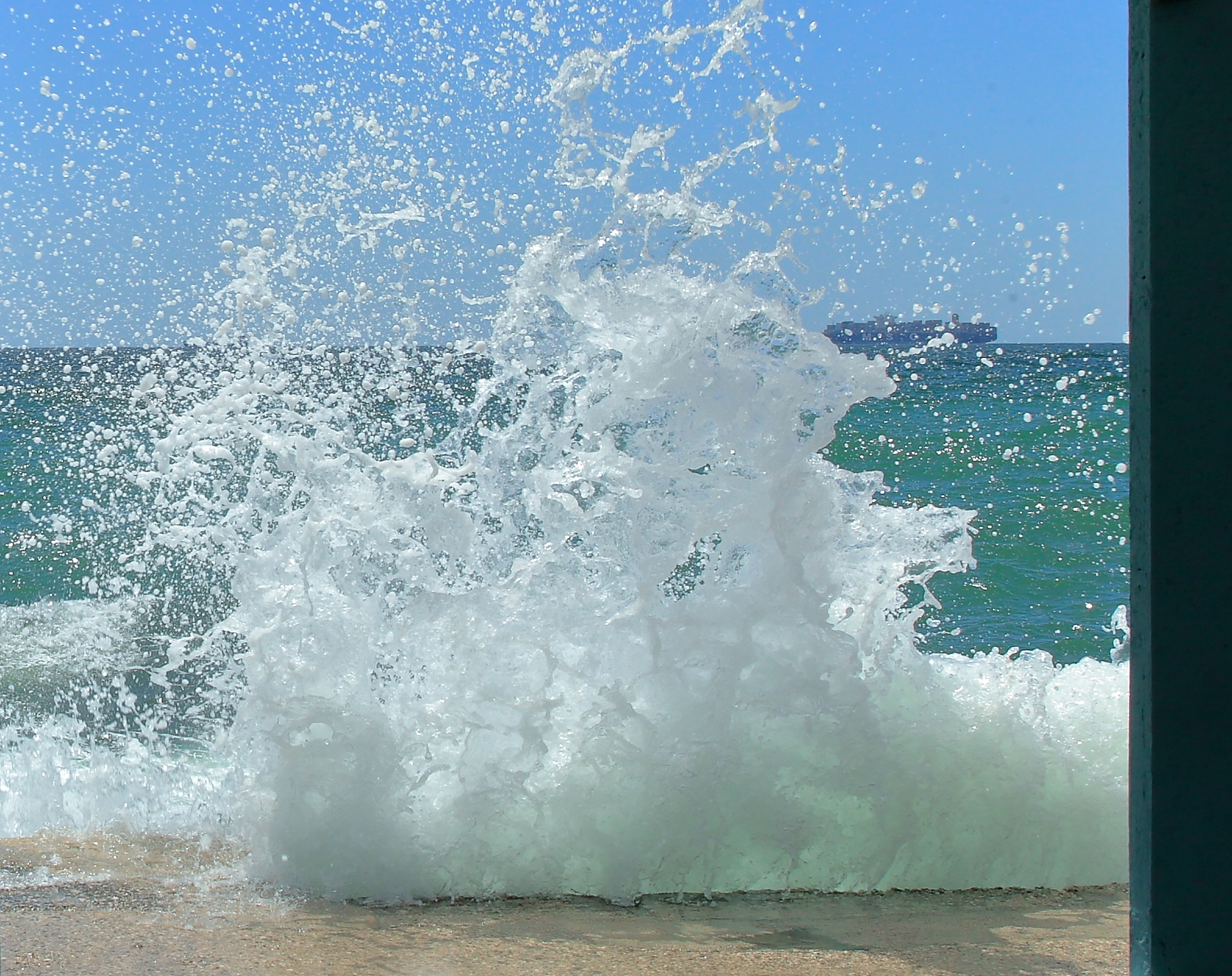 The Wave - Libecciata in Barcola...