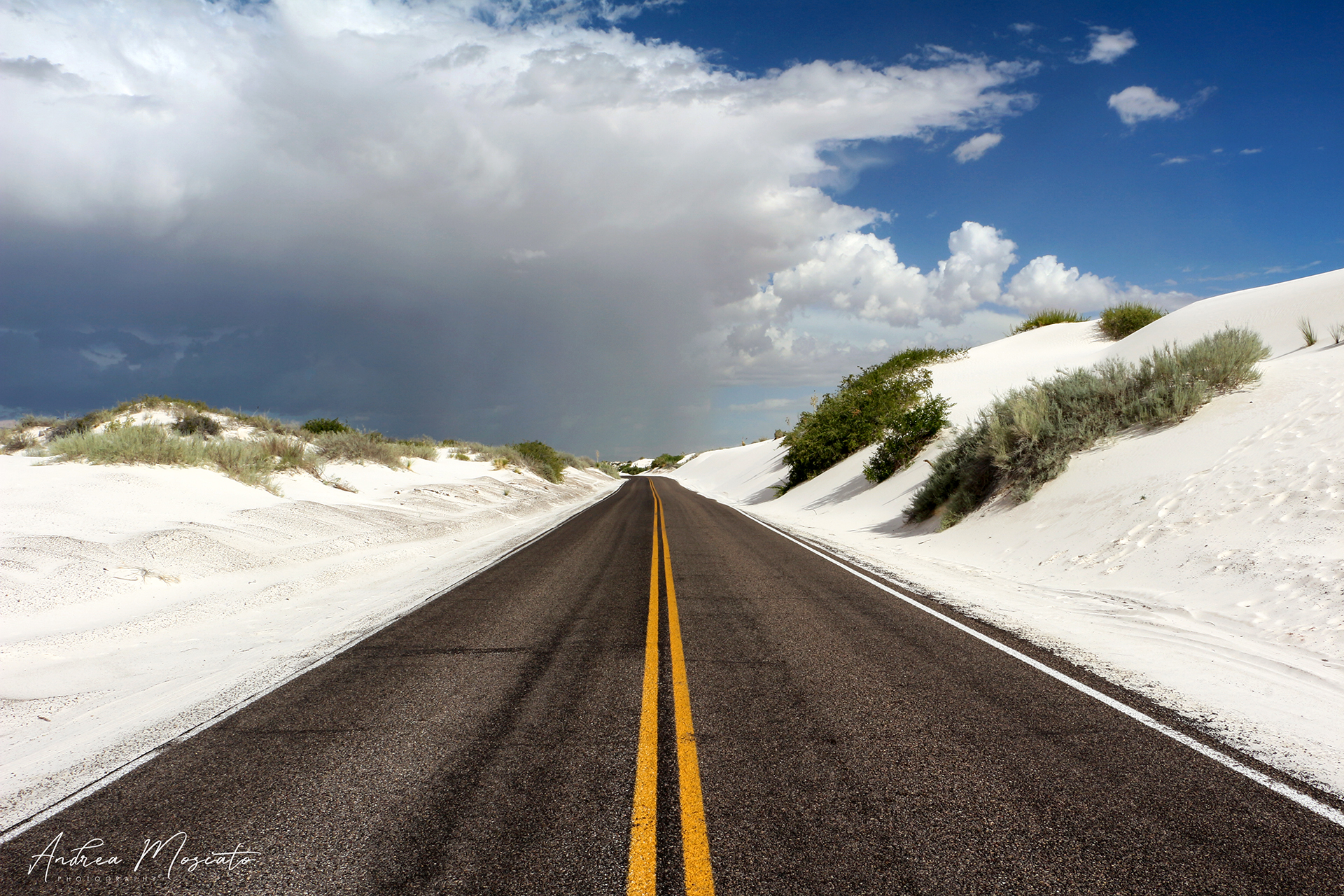 Dunes Drive, White Sands National Monument - New Mexico...