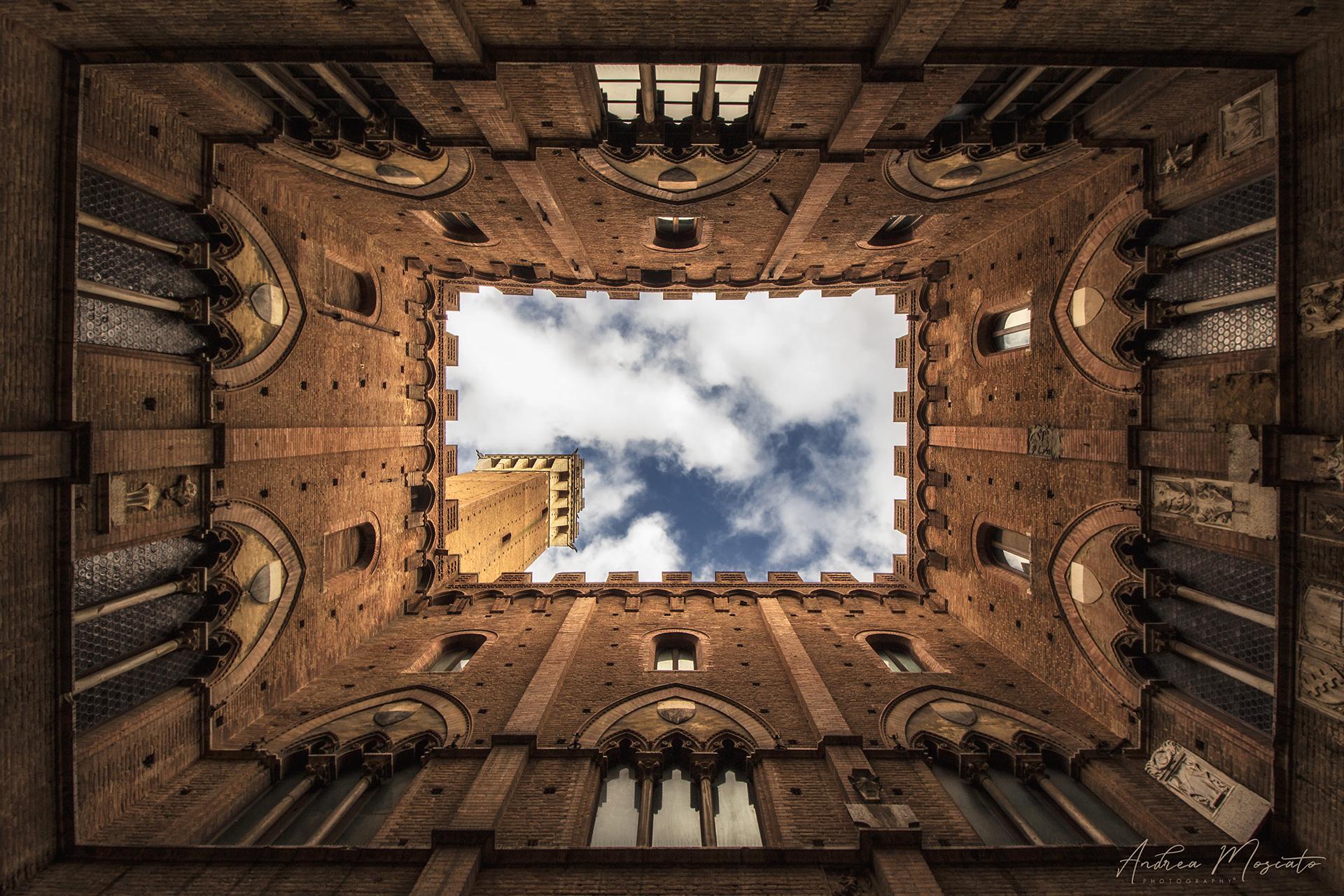 Palazzo Pubblico - Siena...