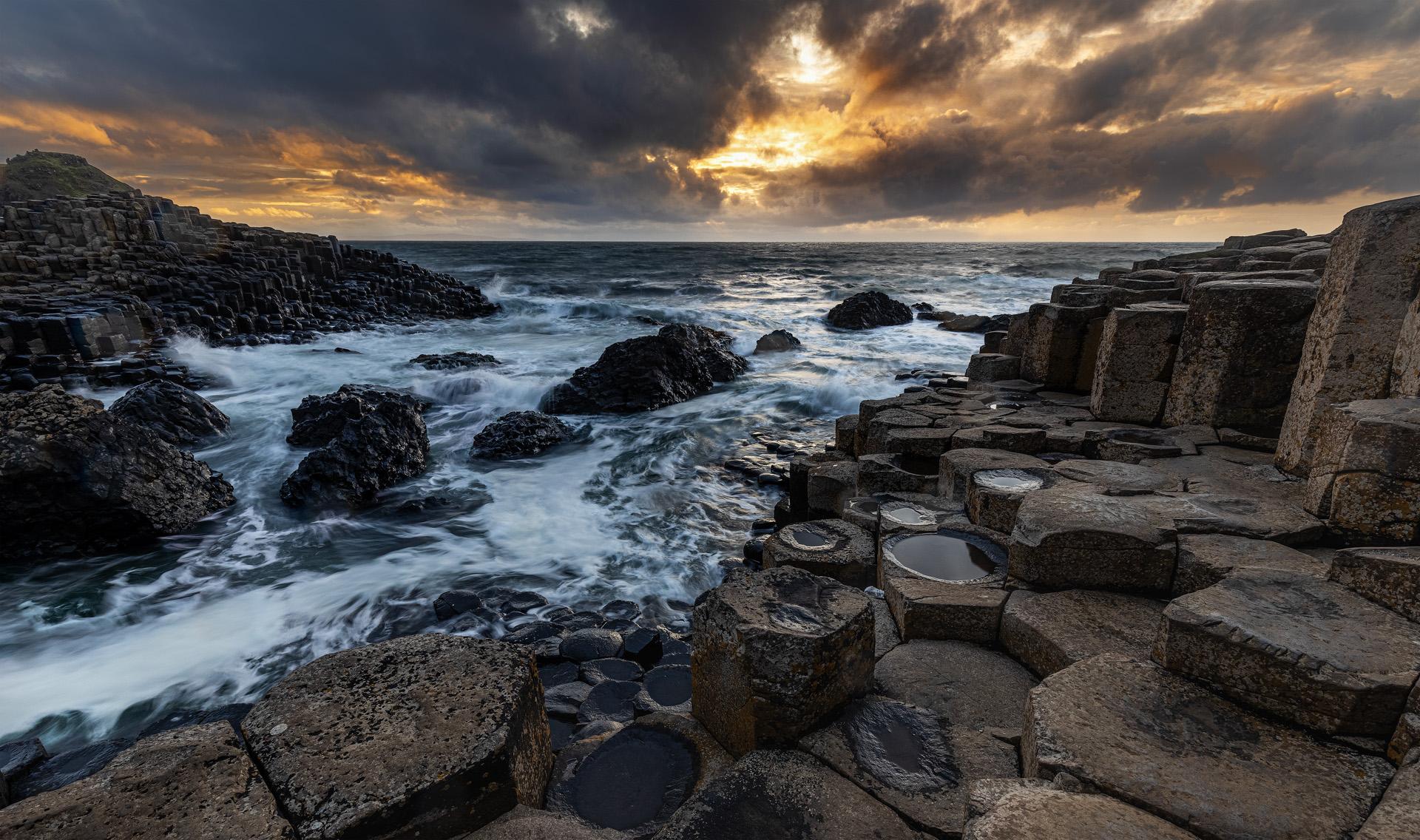 Giant's Causeway sunset...