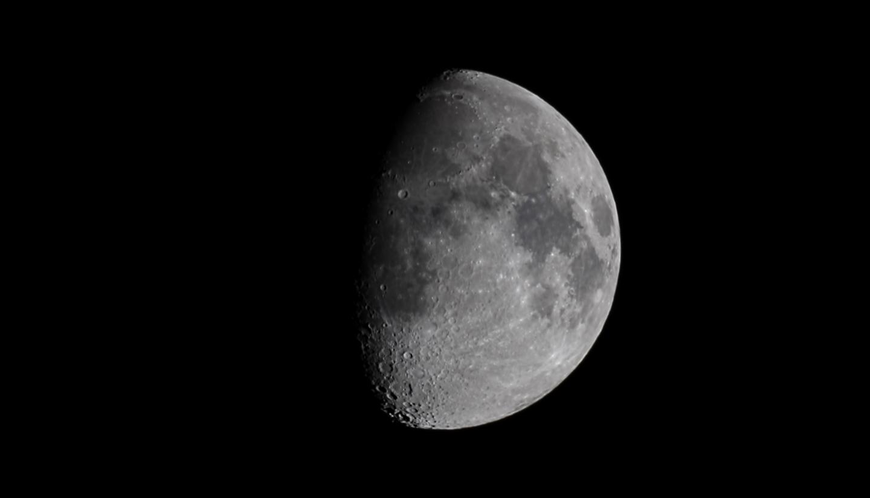 Luna del 02/5/2020. Stack di 2300 fotogrammi...