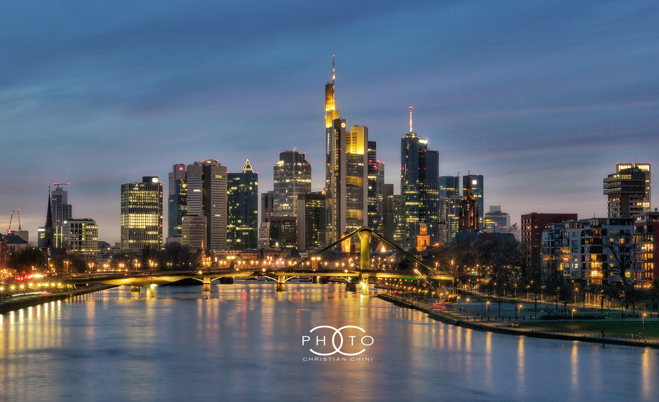 Frankfurt meets the blue hour...