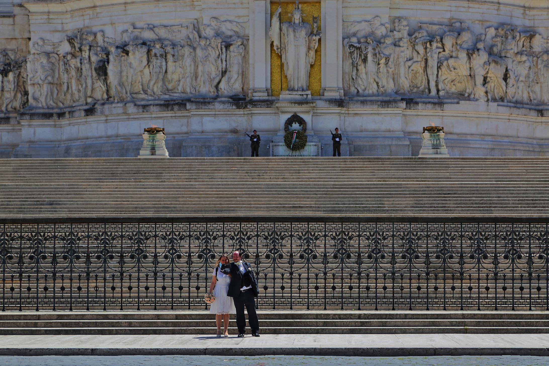 Matrimonio al tempo del Covid - Piazza Venezia...