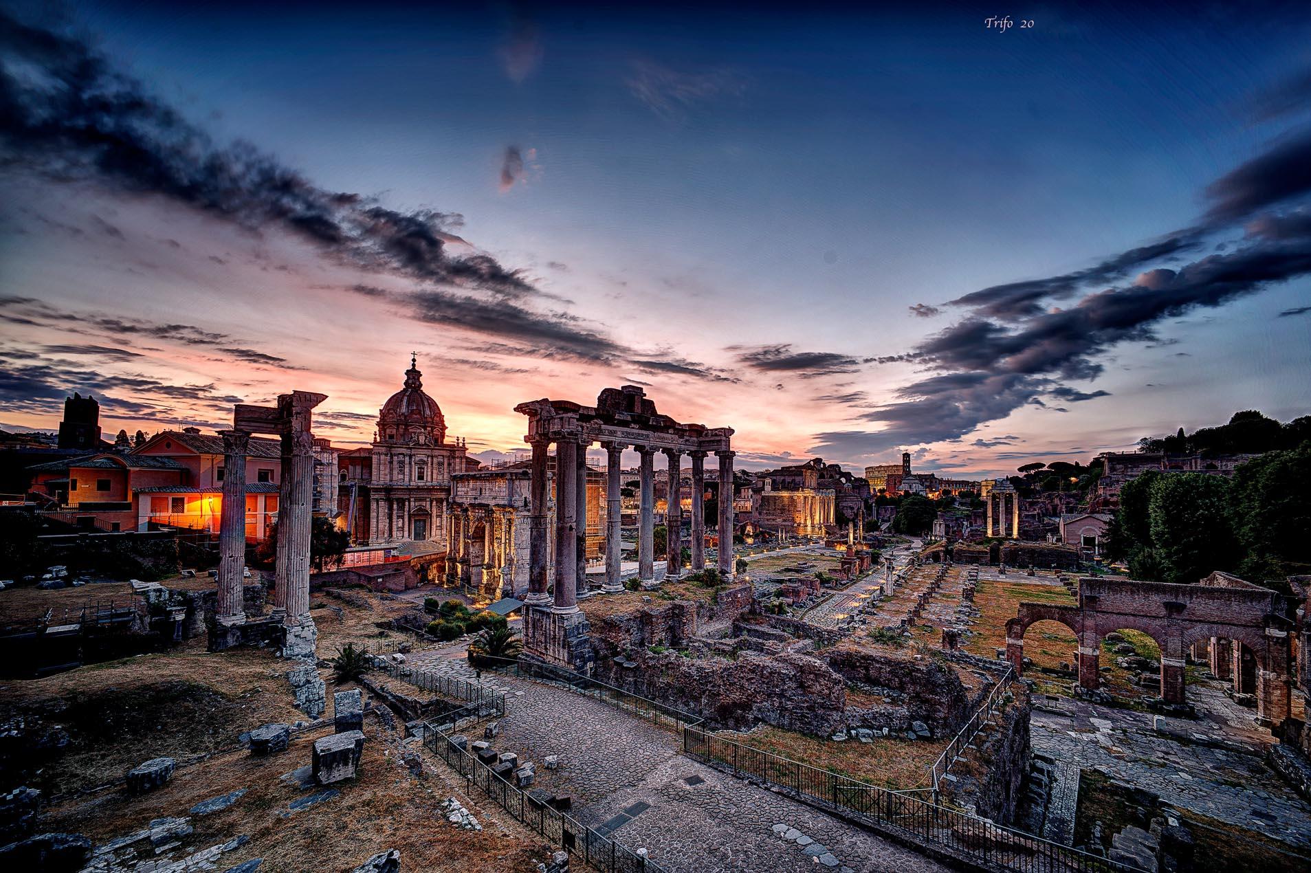 The Roman Forums ..........
