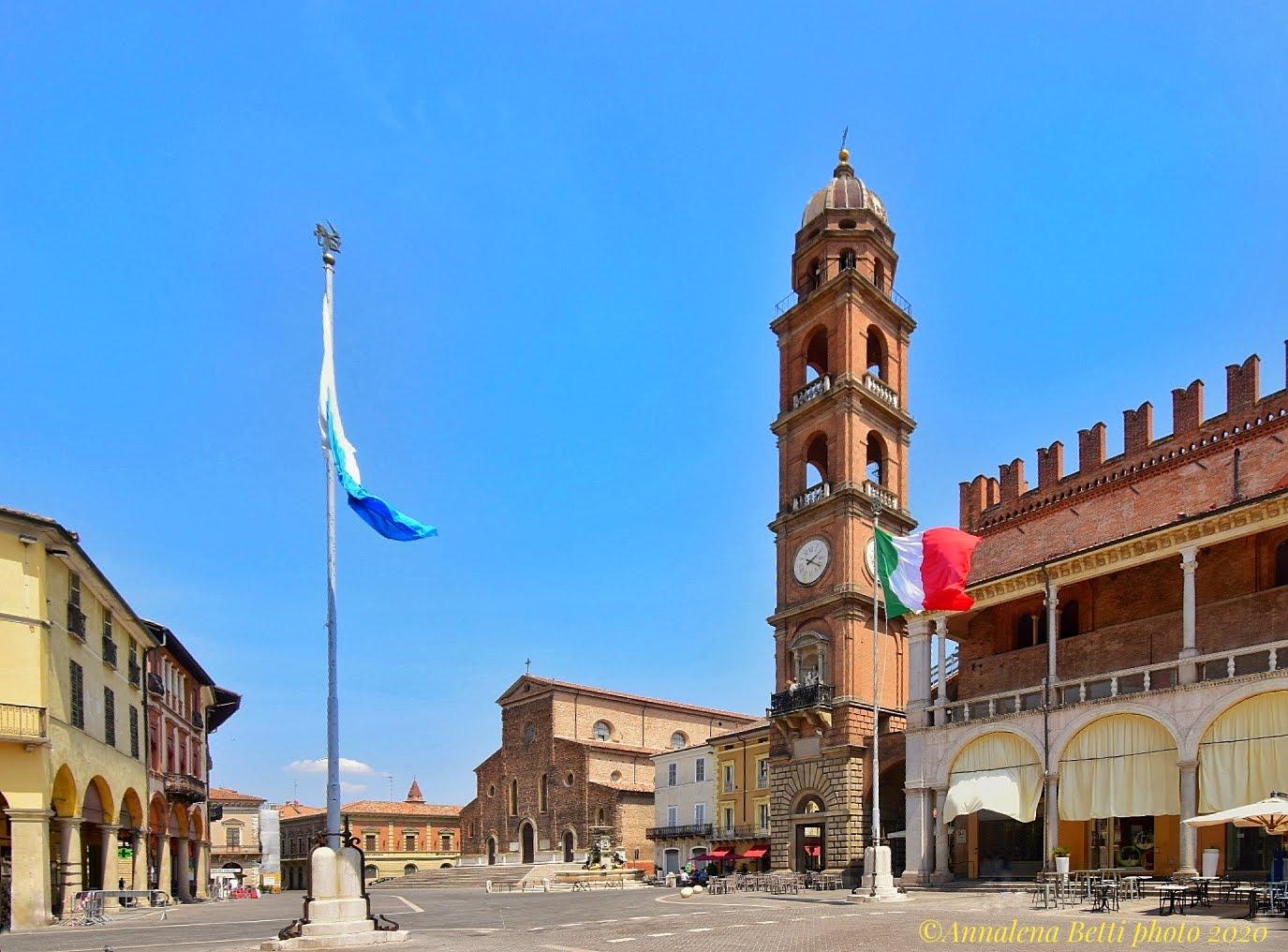 People's Square Faenza ...