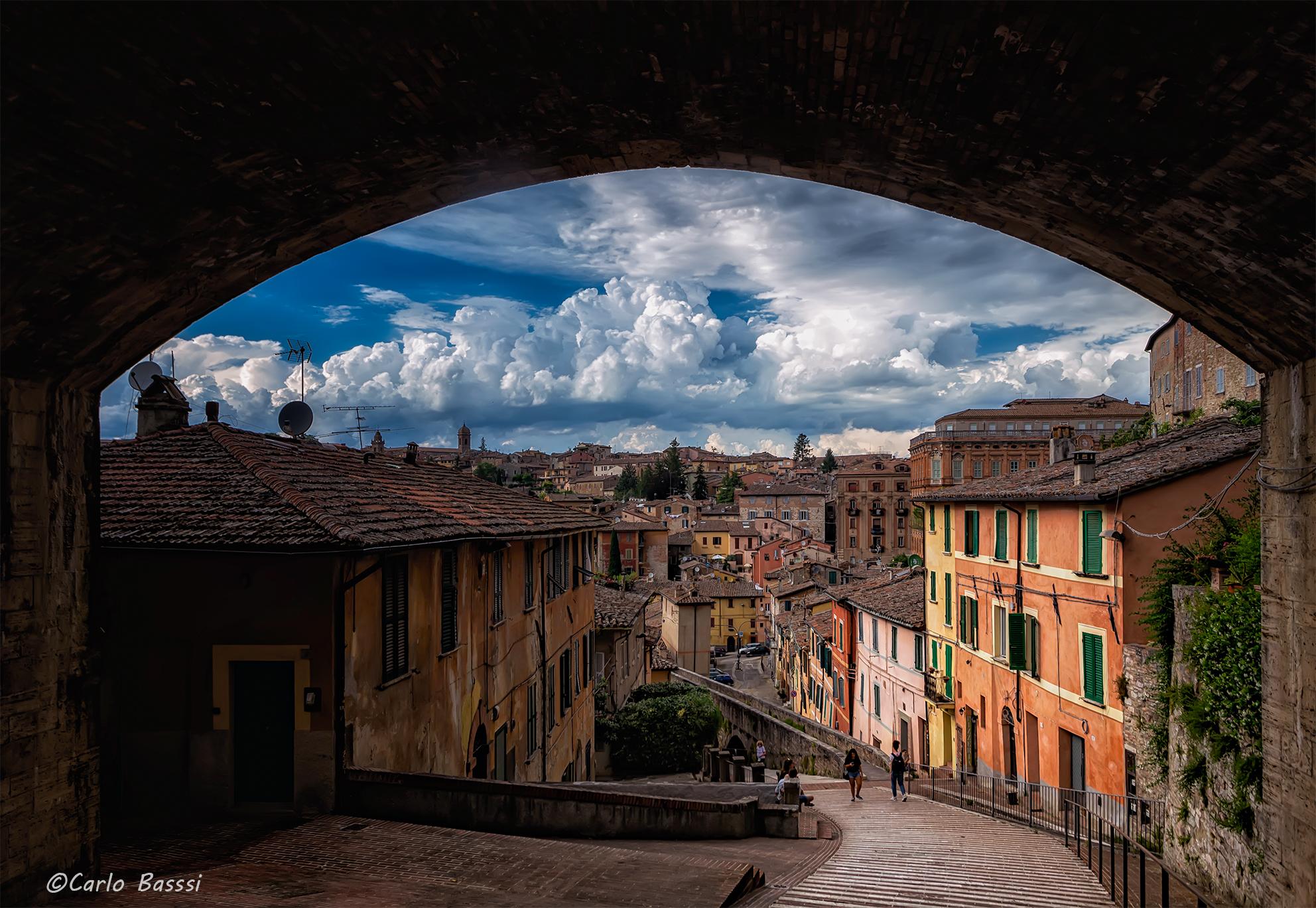 Via degli aqueduct, Perugia     ...