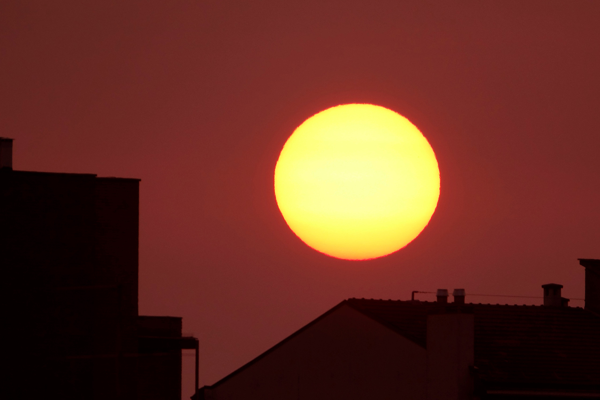 Sunrise of a hot July day in the city...