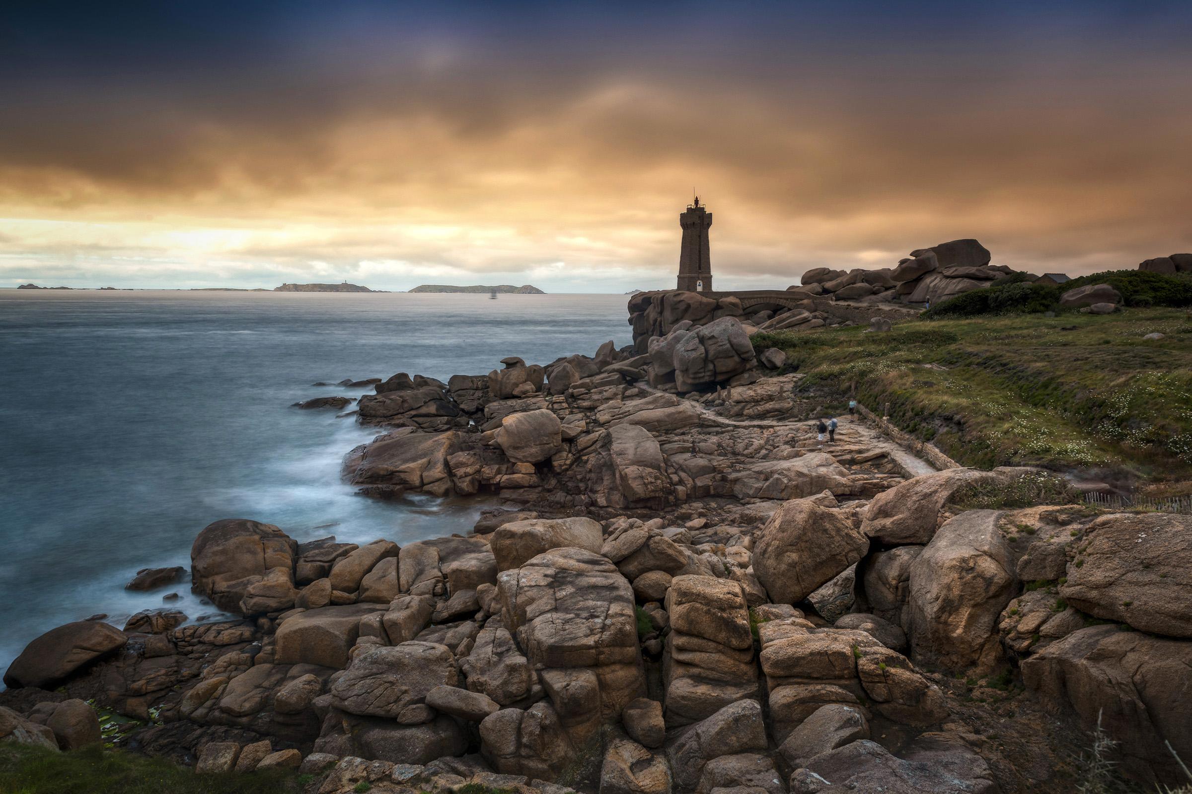 Ploumanac'h Lighthouse...